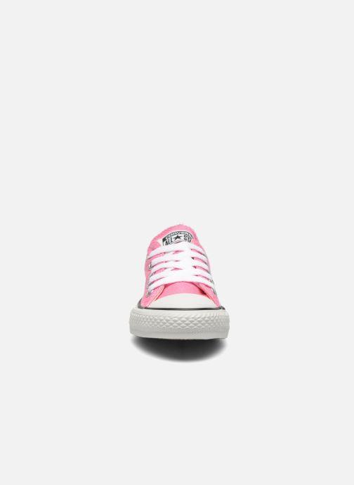 Baskets Converse Chuck Taylor All Star Core Ox Rose vue portées chaussures
