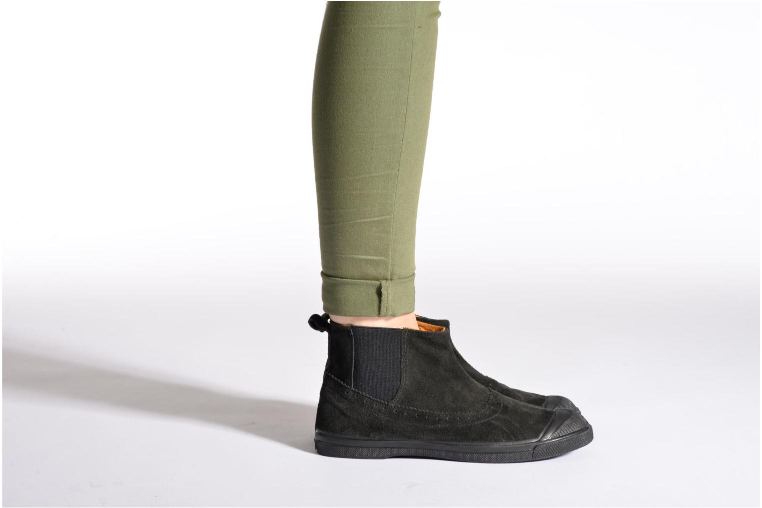 Ankle boots Bensimon Boot Chelsea Brown view from underneath / model view
