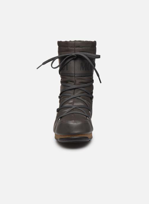 Zapatillas de deporte Moon Boot Soft Shade Mid Gris vista del modelo