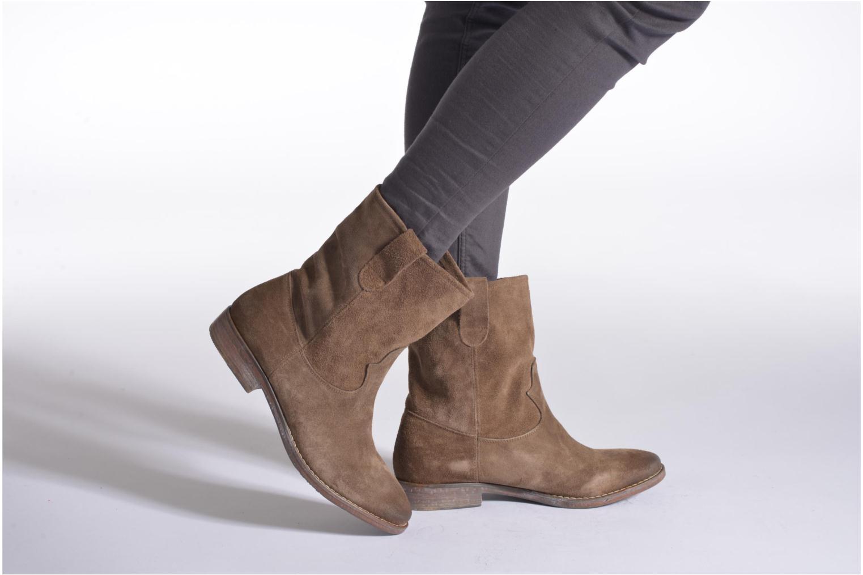 Bottines et boots Eden AMALIA Marron vue bas / vue portée sac