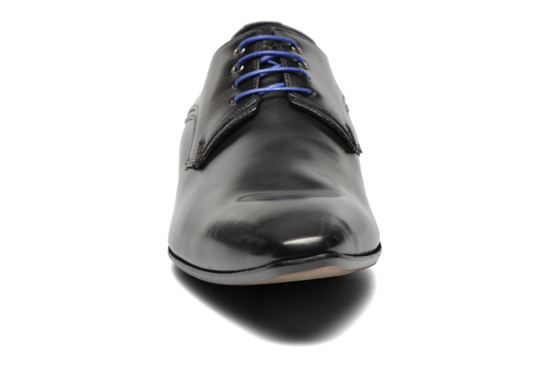 Zapatos con cordones Azzaro Alozan Negro vista del modelo
