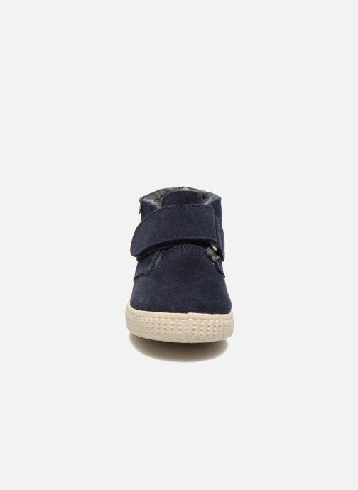 Scarpe con gli strappi Victoria Safari Serraje Velcro Azzurro modello indossato