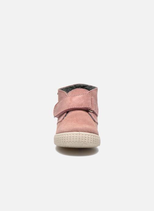 Zapatos con velcro Victoria Safari Serraje Velcro Rosa vista del modelo