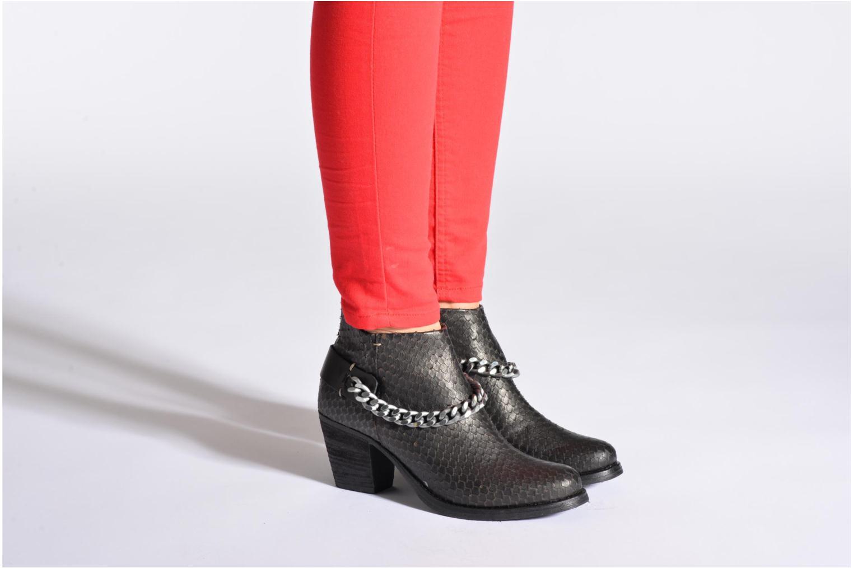 Bottines et boots Khrio Pito Noir vue bas / vue portée sac