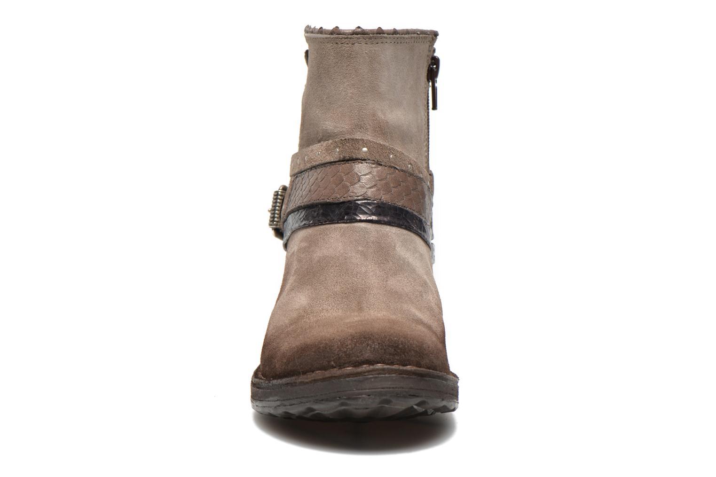 Bottines et boots Khrio Torel Marron vue portées chaussures