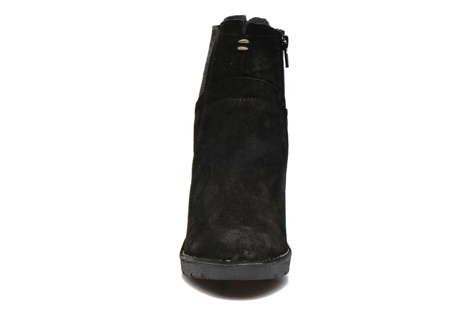 Ankle boots Khrio Amam Black model view