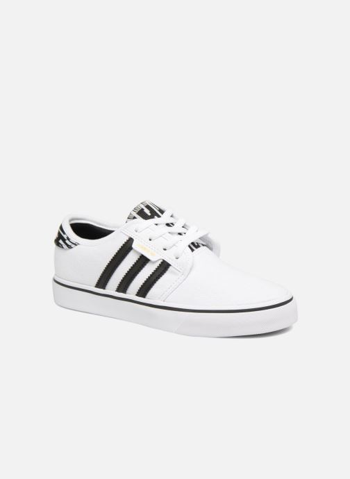 Baskets adidas originals Seeley J Blanc vue détail/paire