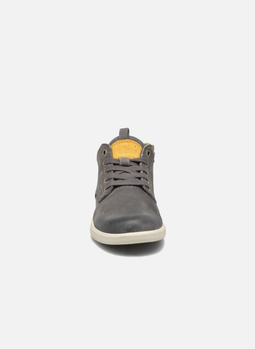 Baskets Timberland Groveton Leather Chukka Gris vue portées chaussures