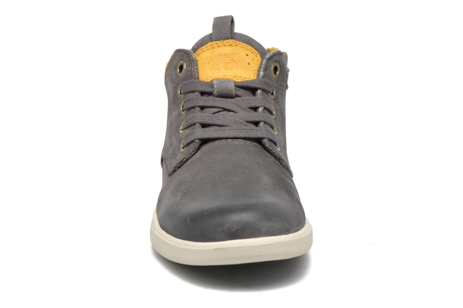 Sneakers Timberland Groveton Leather Chukka Grijs model