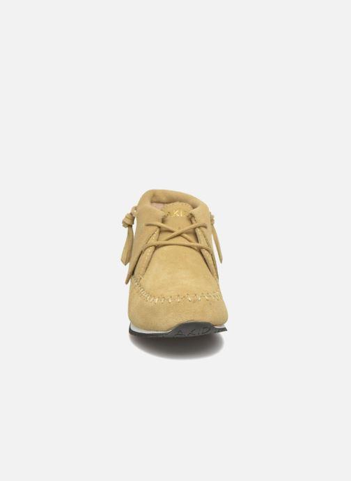 Baskets Akid Stone Beige vue portées chaussures
