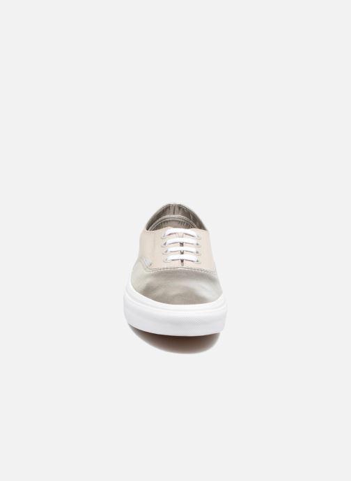 Baskets Vans Authentic Decon W Argent vue portées chaussures