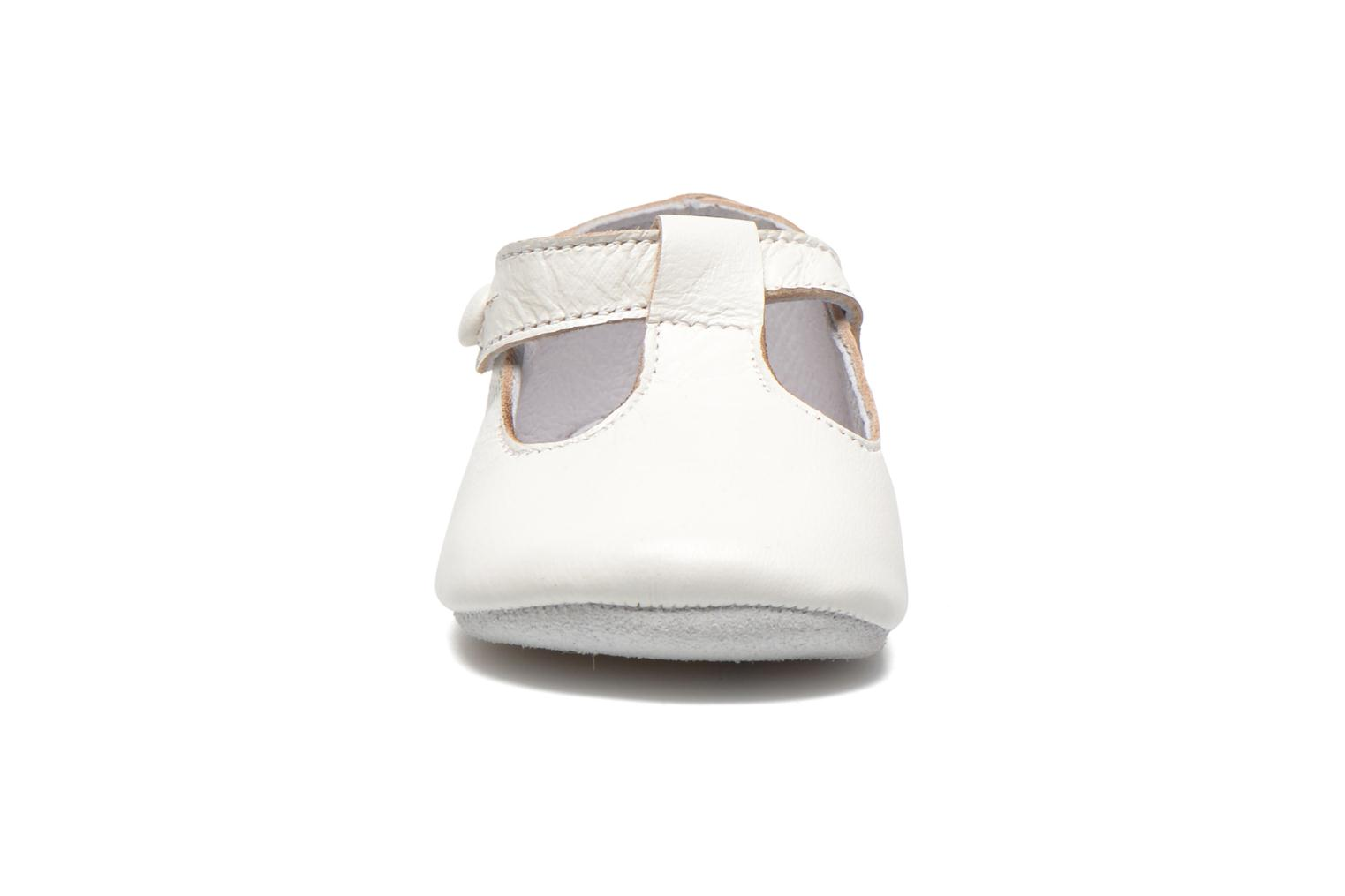 Chaussons Start Rite Baby Edward Blanc vue portées chaussures
