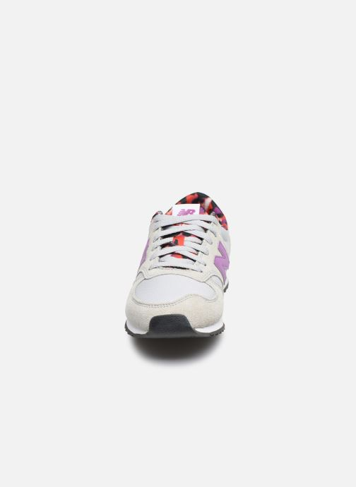 Sneakers New Balance WL420 Grigio modello indossato