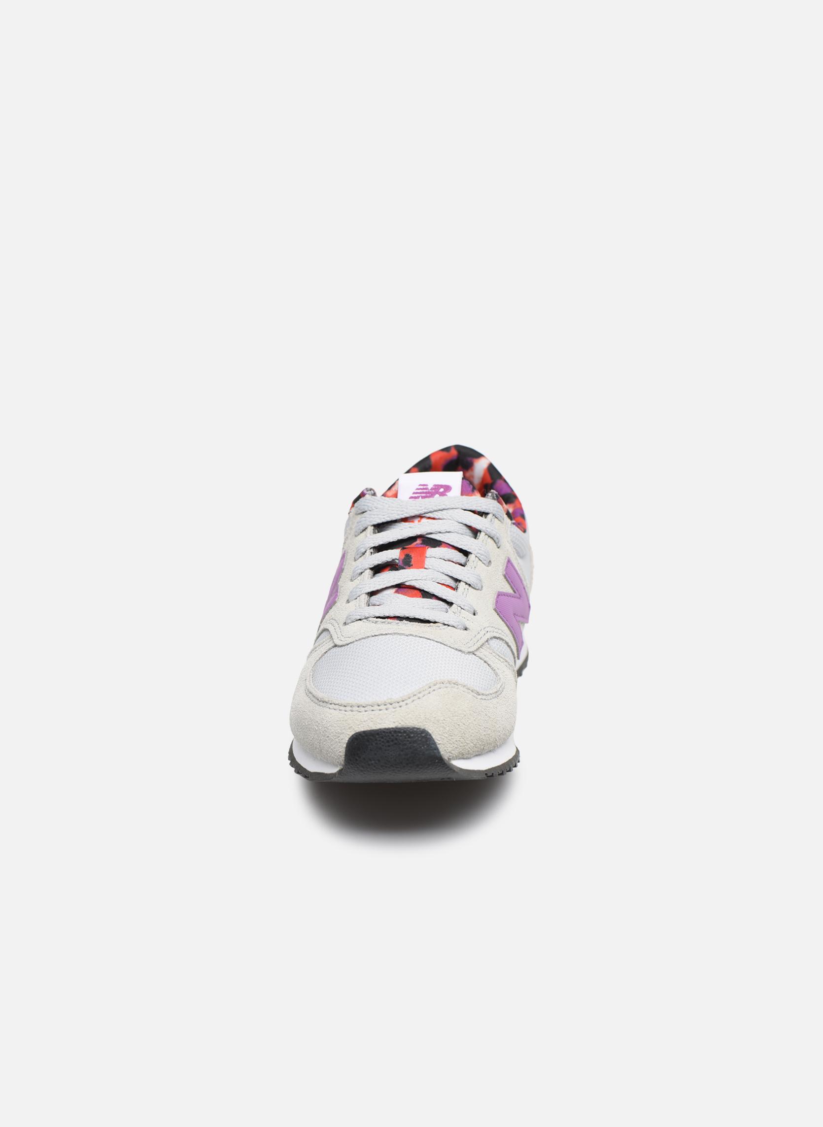 Baskets New Balance WL420 Gris vue portées chaussures