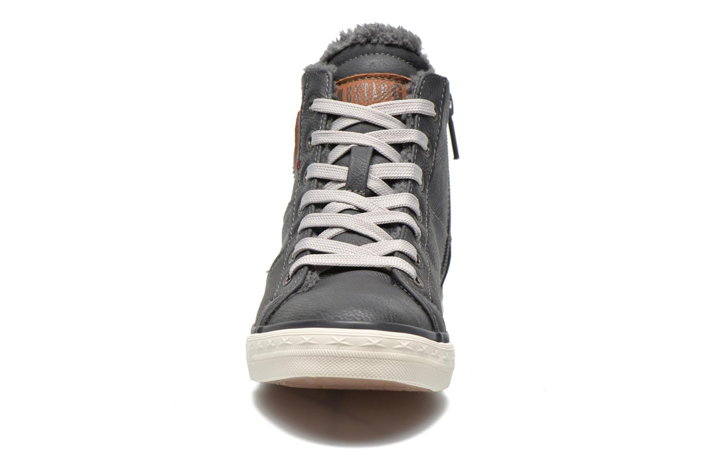 Baskets Mustang shoes Dana Gris vue portées chaussures