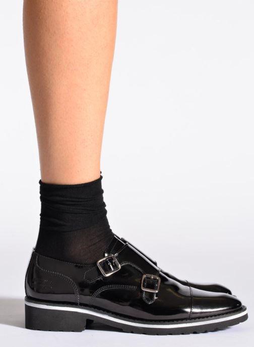 Strumpor och strumpbyxor BLEUFORÊT Chaussettes fleur de peau Svart bild av skorna på