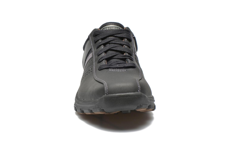 Baskets Skechers Braver Alfano 64529 Noir vue portées chaussures