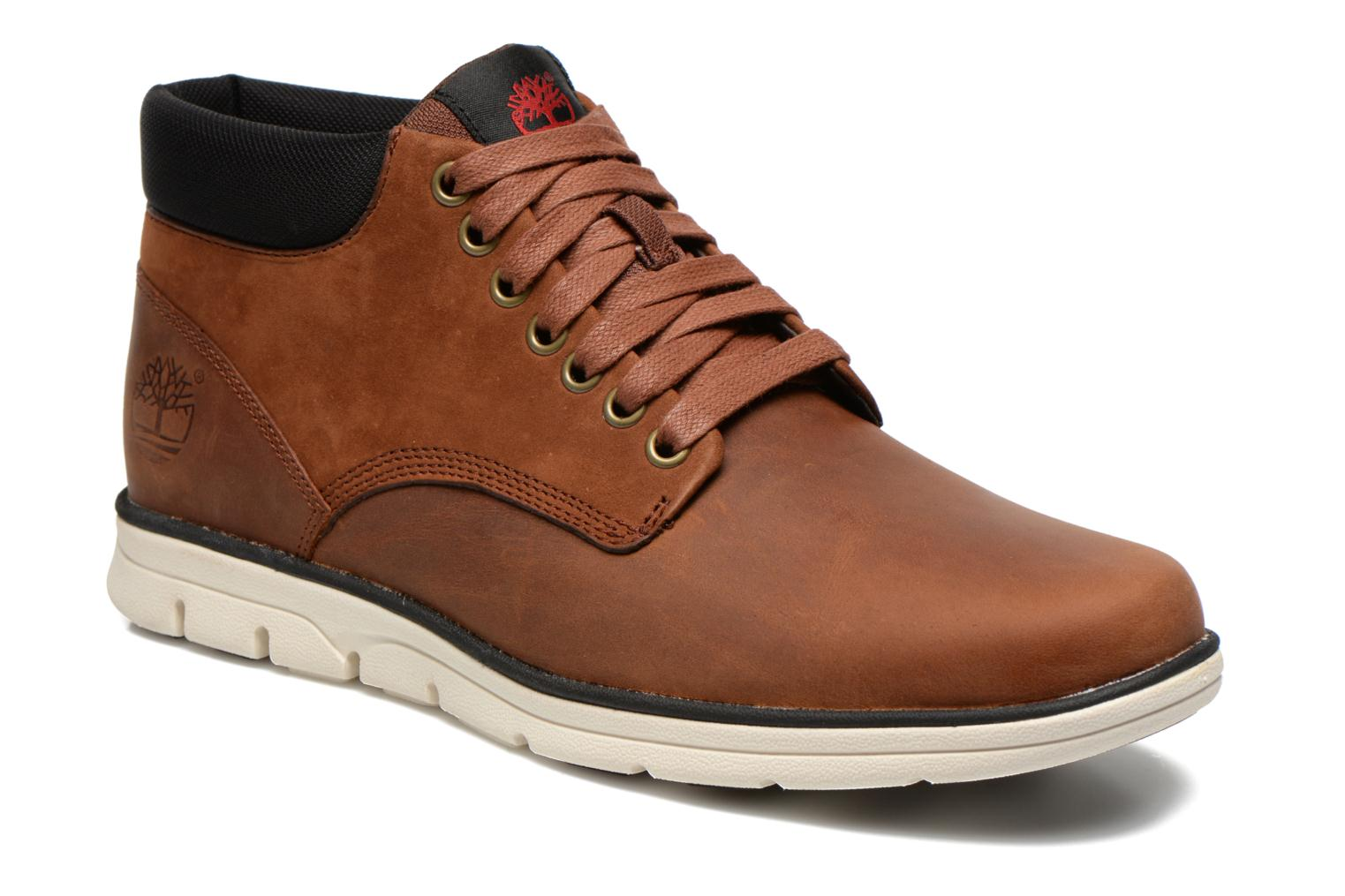 Trainers Timberland Bradstreet Chukka Leather Brown detailed view/ Pair view