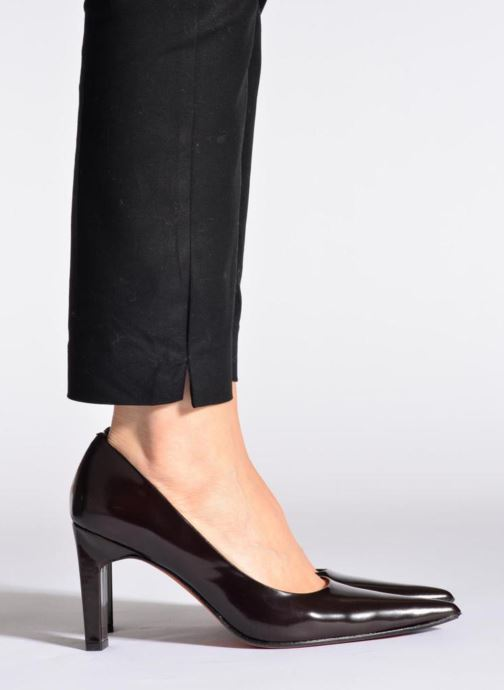 High heels Elizabeth Stuart Gerys 308 Burgundy view from underneath / model view