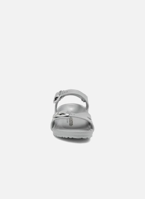 Sandales et nu-pieds Birkenstock Rio EVA Argent vue portées chaussures