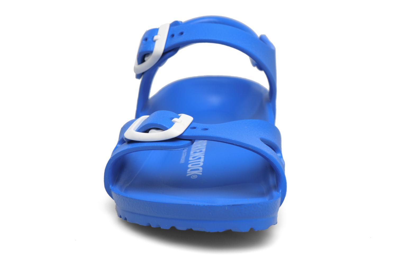Sandalias Birkenstock Rio EVA Azul vista del modelo