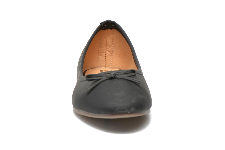 Ballerines I Love Shoes Suflatine Noir vue portées chaussures