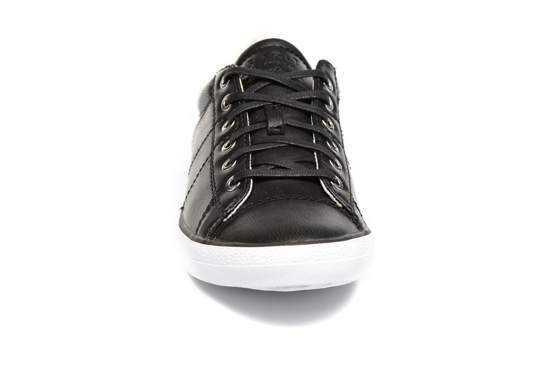 Sneakers Esprit Miana Lace Up Sort se skoene på