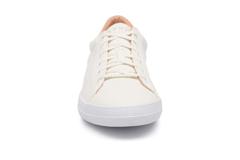 Sneakers Esprit Miana Lace Up Bianco modello indossato