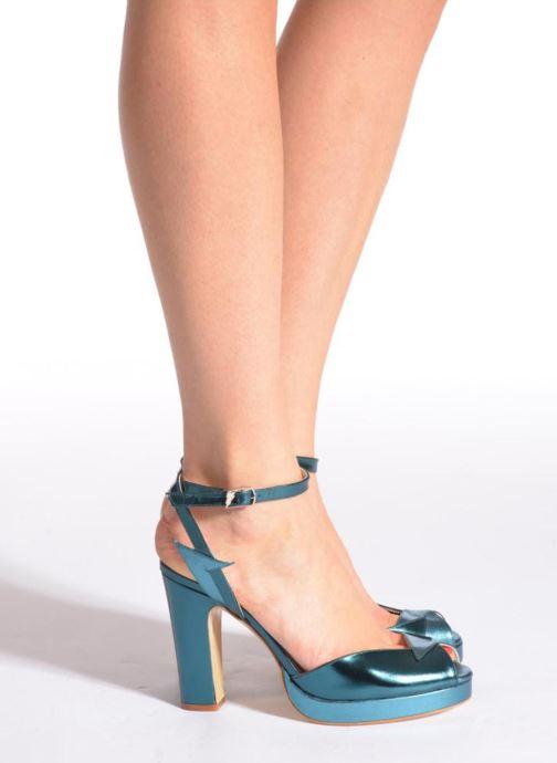Sandalen Terry de Havilland MARISSA blau ansicht von unten / tasche getragen
