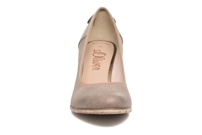 Zapatos de tacón S.Oliver Nyelle Marrón vista del modelo
