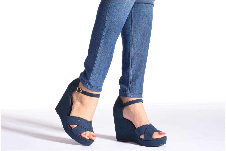 Sandales et nu-pieds Tommy Hilfiger Elena 6D Bleu vue bas / vue portée sac