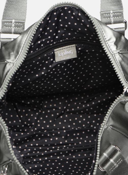 Handtassen kipling Amiel Zilver achterkant