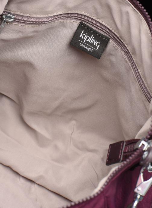 Handtassen kipling Amiel Bordeaux achterkant