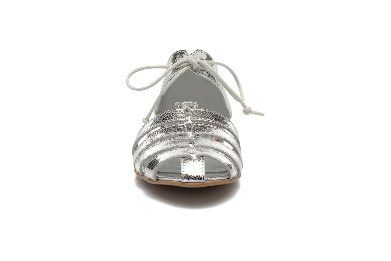 Sandales et nu-pieds Ippon Vintage Popies metal Argent vue portées chaussures