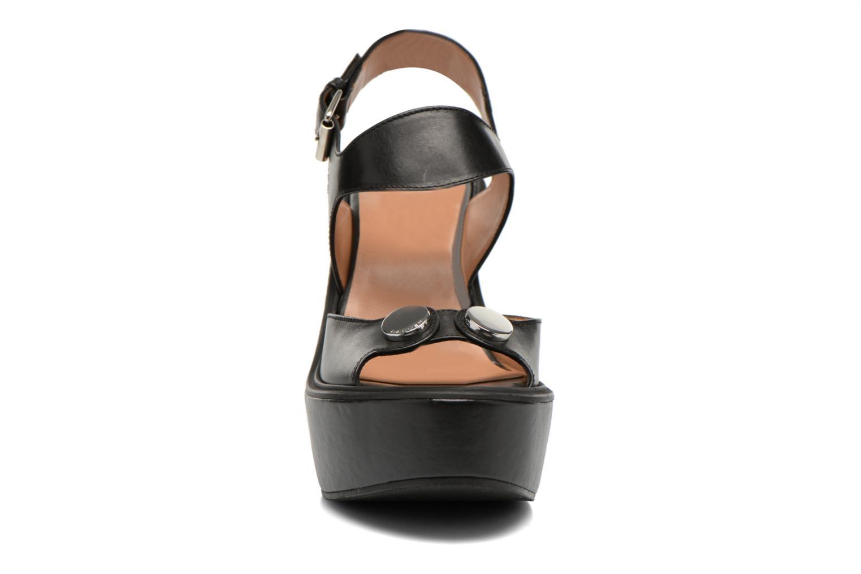 Sandales et nu-pieds Carven Elia Noir vue portées chaussures