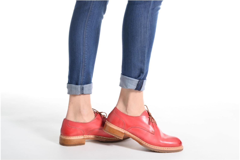 Chaussures à lacets Neosens Hondarribi S895 Marron vue bas / vue portée sac