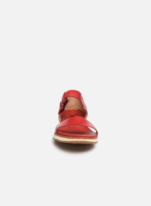 Sandales et nu-pieds Neosens Cortese S502 Rouge vue portées chaussures