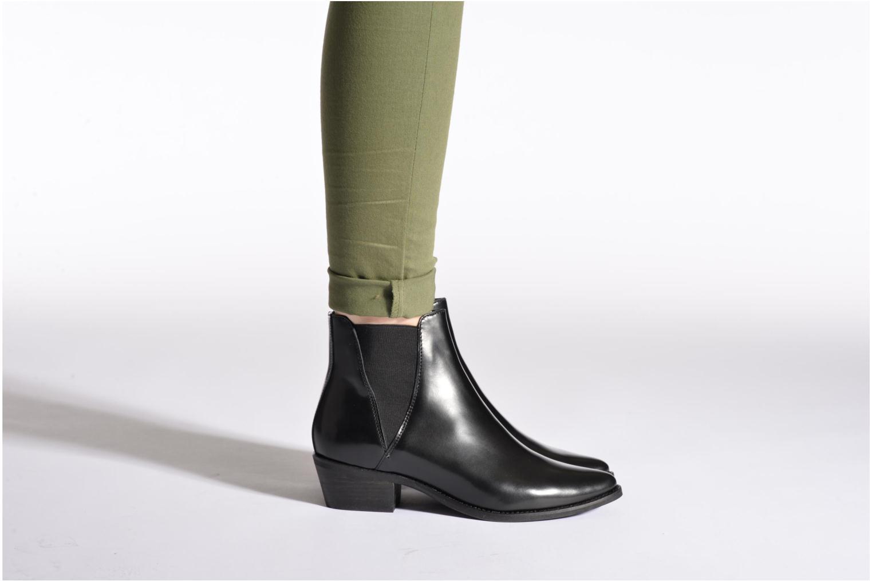 Bottines et boots Steve Madden ANYML Noir vue bas / vue portée sac