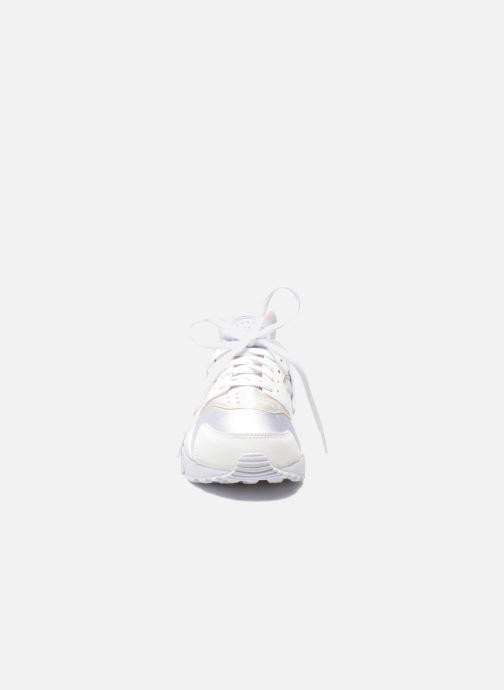 Sneaker Nike Wmns Air Huarache Run weiß schuhe getragen