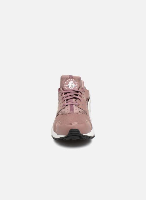 Sneakers Nike Wmns Air Huarache Run Viola modello indossato