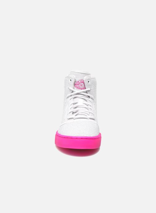 Sneakers Jordan Jordan Jasmine Gg Bianco modello indossato
