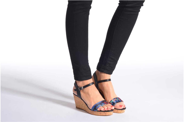 Sandales et nu-pieds Divine Factory Alexina Noir vue bas / vue portée sac