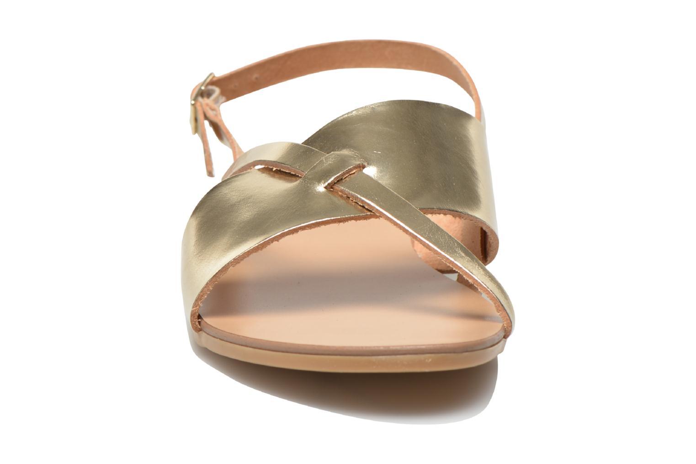 Sandales et nu-pieds Pieces Psjoyce Or et bronze vue portées chaussures