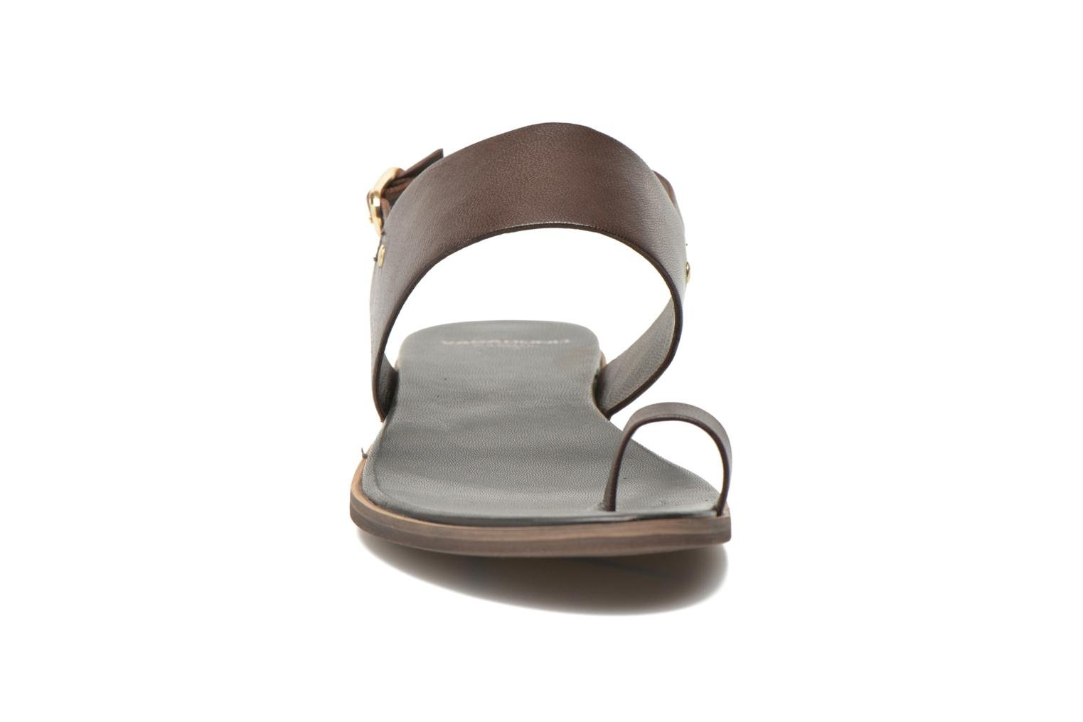 Sandals Vagabond Shoemakers NATALIA 4108-201 Brown model view
