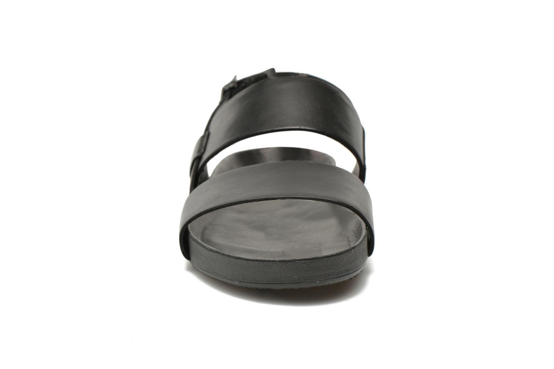 Sandales et nu-pieds Vagabond Shoemakers Funk 4390-101 Noir vue portées chaussures