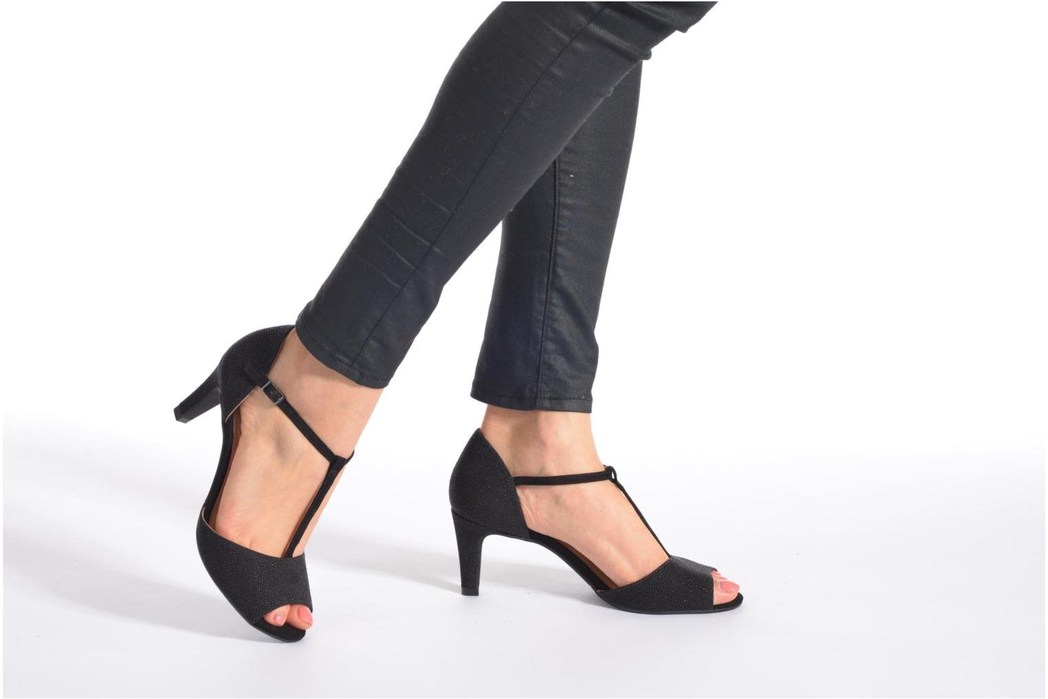 Sandals JB MARTIN Eclair Black view from underneath / model view