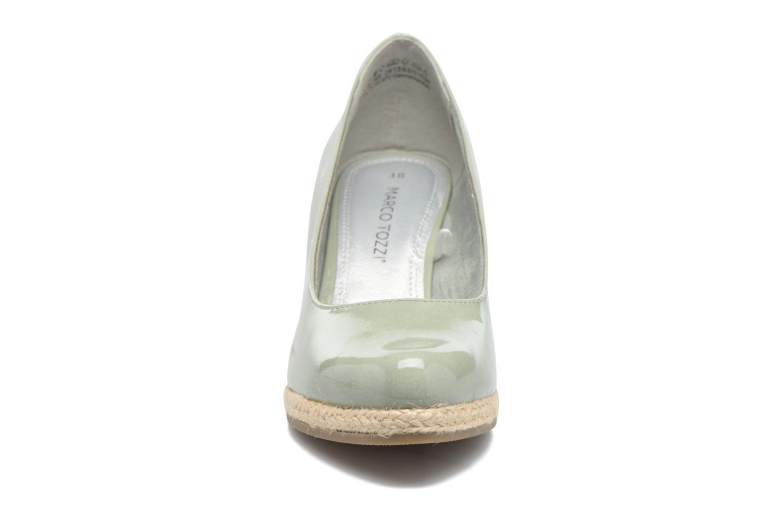 Zapatos de tacón Marco Tozzi Lanily Verde vista del modelo