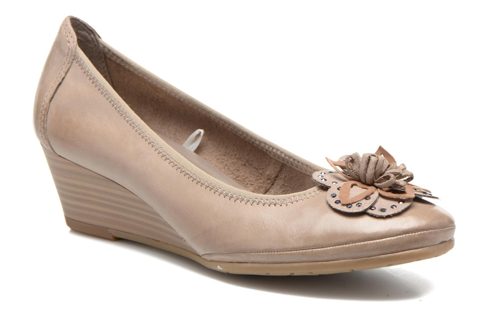 High heels Marco Tozzi Nikuta Beige detailed view/ Pair view