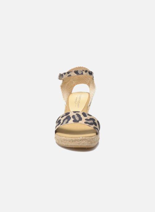 Sandales et nu-pieds Elizabeth Stuart TreviseC 667 Beige vue portées chaussures