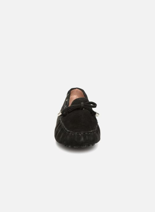 Slipper Elizabeth Stuart Divan 606 schwarz schuhe getragen